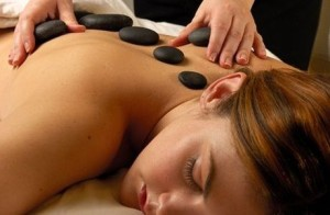 Hotstone_massage_1